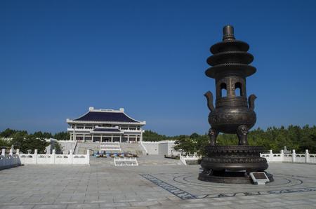 Liu Ding Shan Temple exterior landscape view