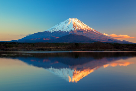 富士山や精進湖 写真素材