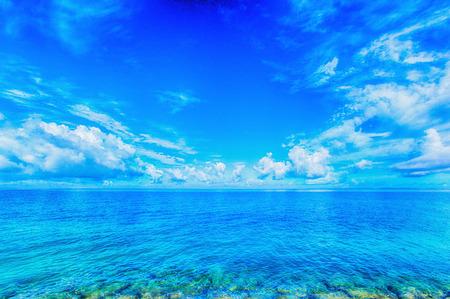 Mare di verde smeraldo, Okinawa Archivio Fotografico - 28181442
