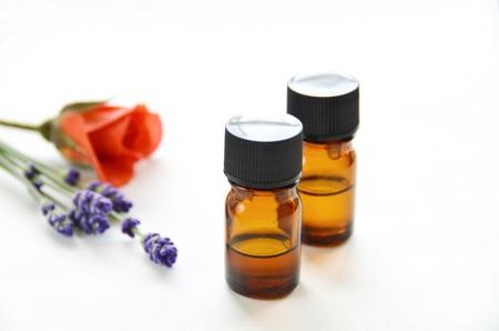 アロマセラピーの治療のためのエッセンシャル オイル