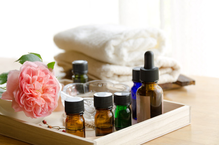essential oils with rose at beauty salon Zdjęcie Seryjne