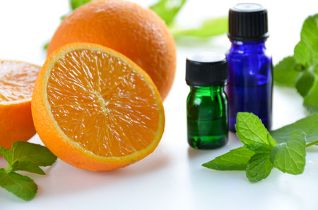 essential oils with orange and mint