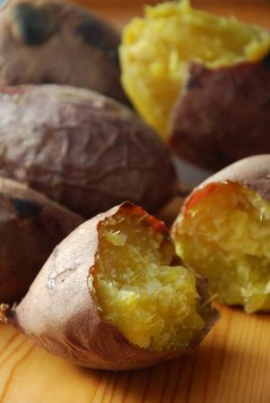 batata: batatas horneado Foto de archivo
