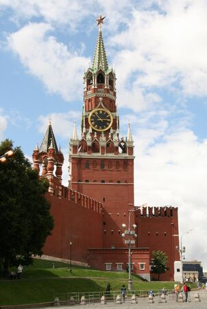 spasskaya: MOSCOW, RUSSIA - JULY 31, 2008:  Spasskaya Tower of The Moscow Kremlin