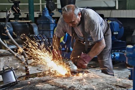 Machine de meulage de l'acier et des étincelles Banque d'images - 14785763