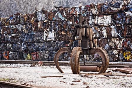 metallschrott: Industrielle Klaue, zum Laden Steinen, Erzen, Holz, Schrott in der Industrie verwendet