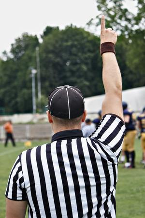 arbitros: Árbitro de fútbol americano, árbitro de rugby Foto de archivo