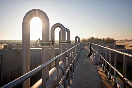 Pipeline, une partie de la scène de l'usine de traitement des eaux usées Banque d'images - 65587960