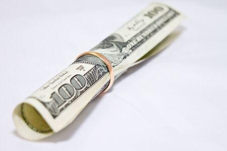Dollaro in anello di nozze