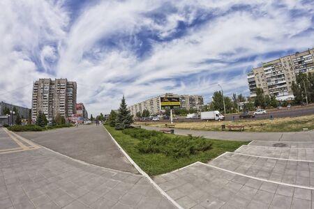volgograd: VOLGOGRAD - JULY 15  Sunny summer day on the city streets   July 15, 2014 in Volgograd, Russia
