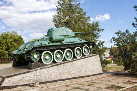 heroic: The T-34 was established in memory of the heroic the heroic labor of workers of the Stalingrad shipyard in the great Patriotic war 1941-1945