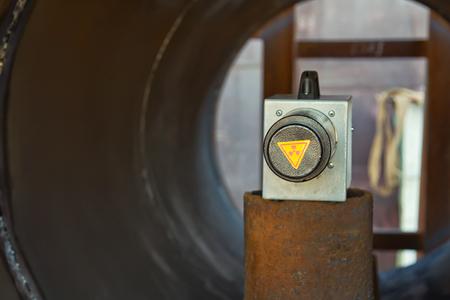 Ein Nanosekunden-Röntgengerät, Das In Der Zylindrischen Hülle Des ...