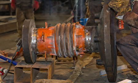 Replacement bellows compensator to the new while maintaining existing flange pair