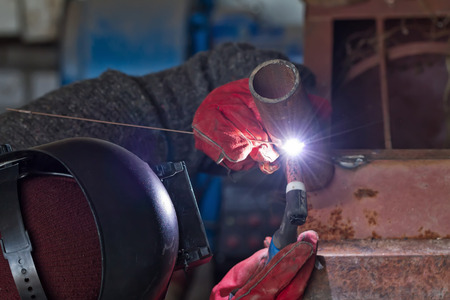 Welding control sample from a pipe of small diameter for proficiency testing by the method of argon-arc welding Archivio Fotografico