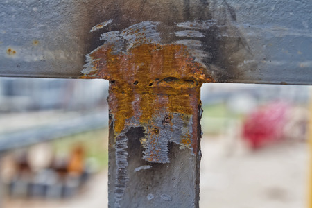 backlash: Weld of metal elements is performed with violations of requirements - contains pores, nespeleja and the violation of the geometry of the weld