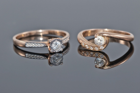 different a gold ring lying next to each other Standard-Bild