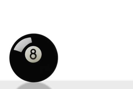 bola ocho: bola en blanco con ligera reflexi�n