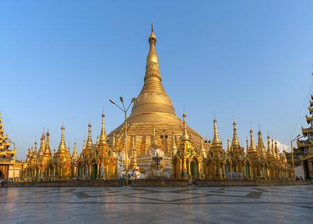 stupas: Golden stupas at the Shwedagon Paya, Yangoon, Myanmar