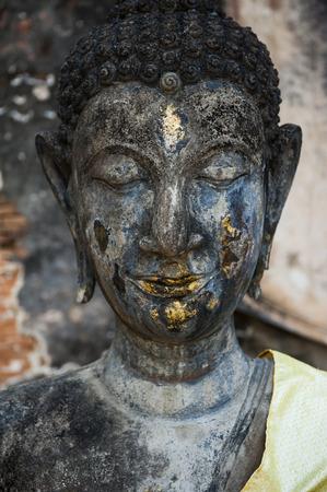 cabeza de buda: Estatua de cabeza de Buda en Tailandia Foto de archivo