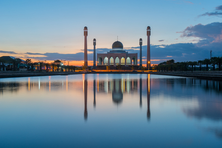 mosque in thailand during sunset Archivio Fotografico