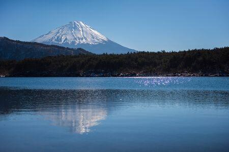 saiko: Saiko lake and mt.Fuji in wintwer season