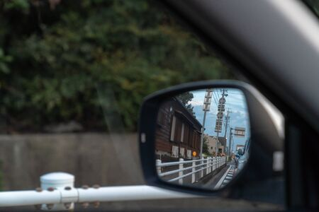 Rearview with the door mirror  Image during driving