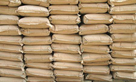 cemento: Sacos de cemento - pulcramente apiladas para un proyecto de construcci�n