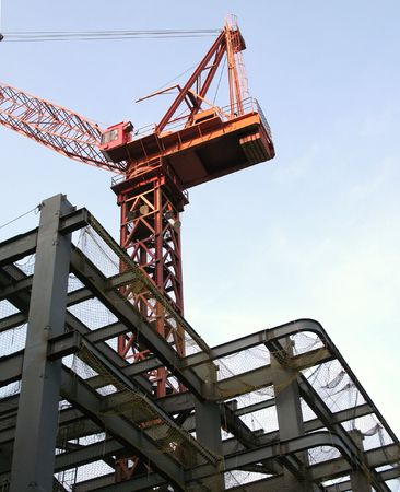 girders: Large Scale Construction -- with a heavy duty crane and strong girders