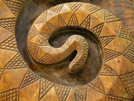 aborigen: Serpiente de madera - se trata de un patr�n com�n entre los nativos de Taiw�n personas