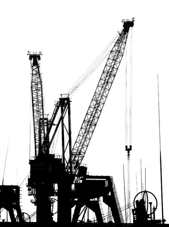 poleas: Grúas en la silueta en la pf de muelles puerto de Kaohsiung  Foto de archivo