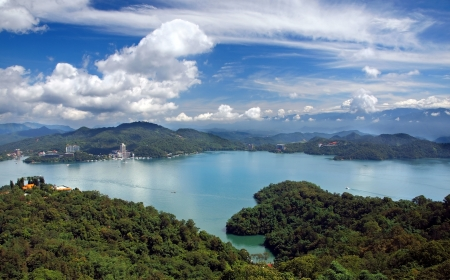 A panoramic view of the beautiful Sun Moon Lake in southern Taiwan