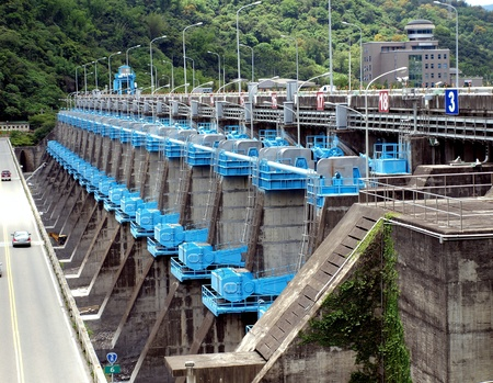 hydrology: A string of sluices at a large weir in southern Taiwan