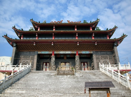 chinese temple: A traditional Chinese temple located in southern Taiwan