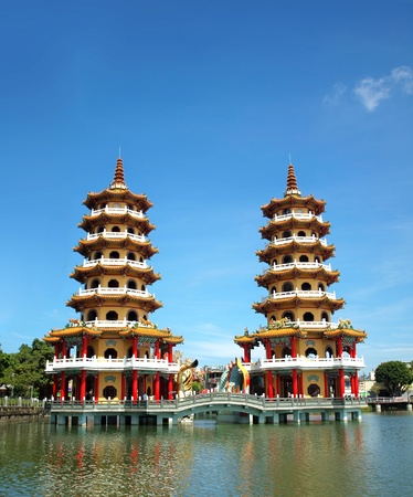 balustrades: The famous Tiger and Dragon Pagodas in Kaohsiung   Stock Photo