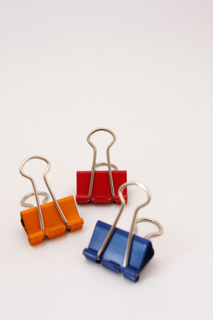 summarized: 3 Colored Paper Clips