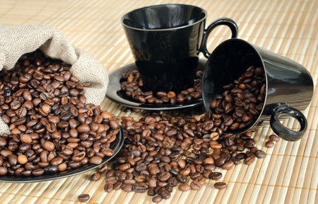 cooffee beans with black cups and sack Stock Photo - 9652592