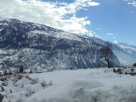 snow capped: Snow capped Himalaya