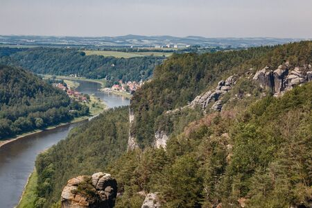 View from the bastion view to the Elbe in the Elbe Sandstone Mountains Reklamní fotografie