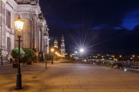 View to the Frauenkirche from the Brühl Terrace in Dresden at night