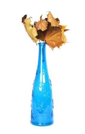 wither: blue design decorative bottle with wither maple leaves