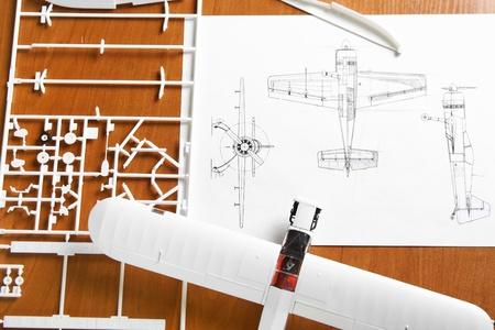 montaje: modelo de avi�n de pl�stico de Kit de para montaje con esquema