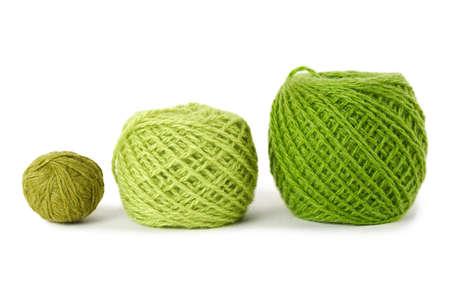 gamma: pensamiento de gamma verde en una fila, aislado Foto de archivo