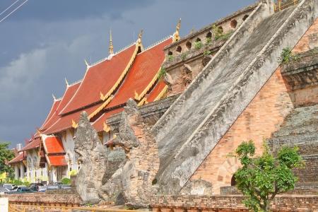 dhamma: naga at stair