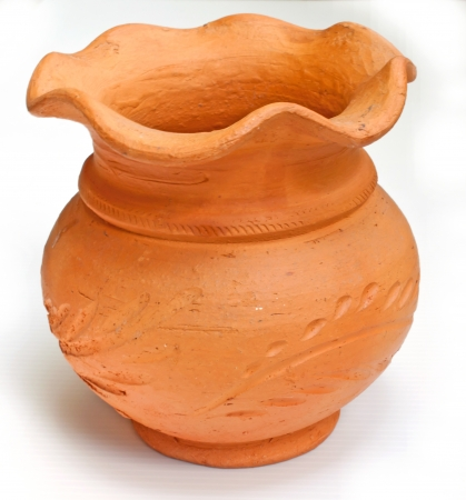 dirt pot Stock Photo - 16114226