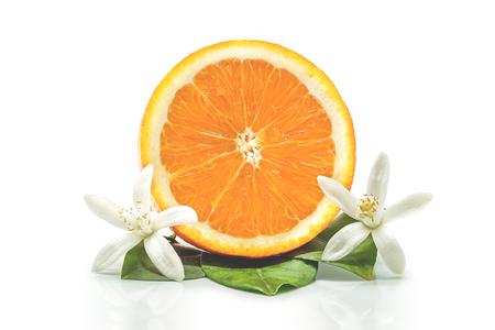arancia fresco con fiori d'arancio