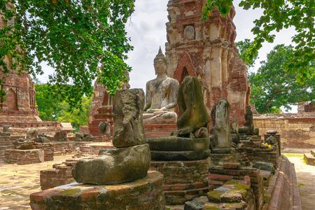phra nakhon si ayutthaya: Ayutthaya Historical Park, Phra Nakhon Si Ayutthaya, Ayutthaya , Thailand.