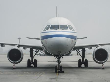 Airplane at docking 免版税图像
