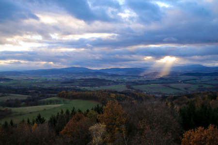 The scenic view over the countriside in southern Bohemia (czech Republic) during the late autumn. 免版税图像