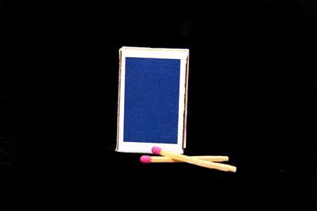 blue match box with match sticks Banco de Imagens - 4388253