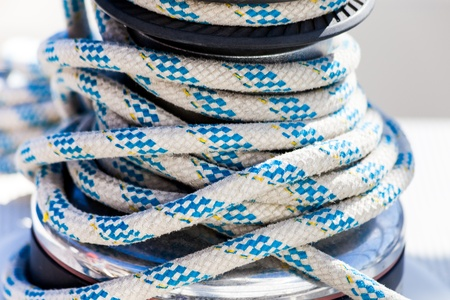 tiedup: Nautical rope tied-up on a winch